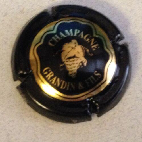 Capsule de champagne GRANDIN et Fils 1. noir