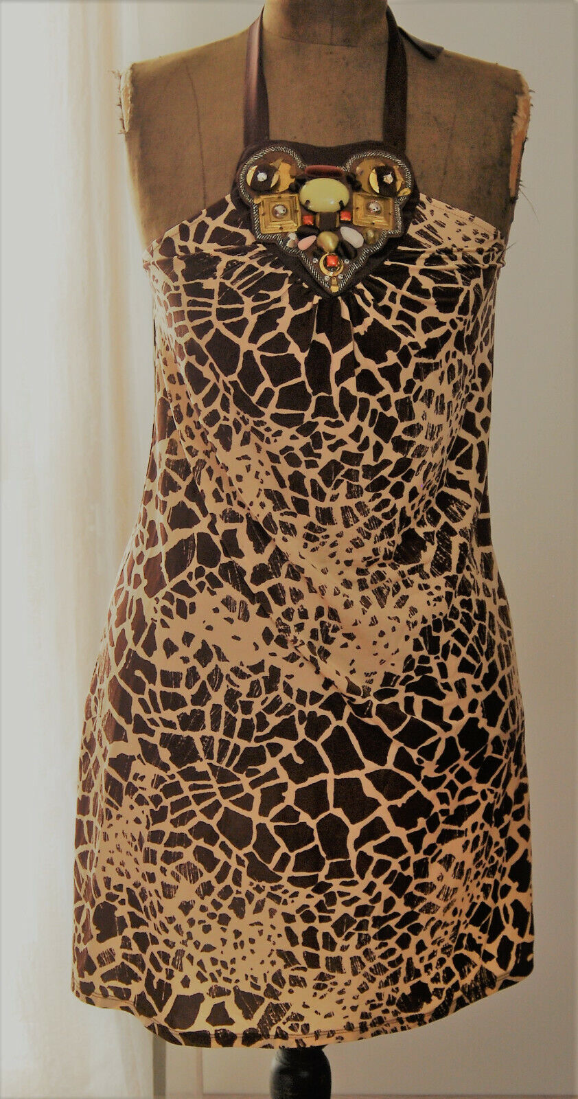 Robe avec plastron amovible en perles et strass de Guess by Marciano taille 42 i