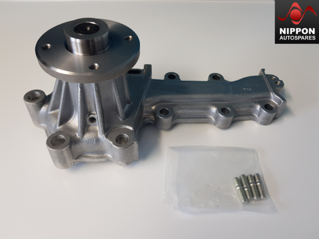 NEW GENUINE NISSAN SKYLINE WATER PUMP RB20 RB25DET RB26DETT 21010-21U26