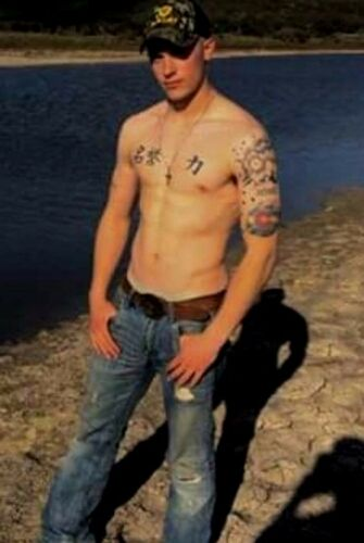 Shirtless Male Muscular Redneck Dude Tattooed Guy Ripped Jeans PHOTO 4X6 C1656