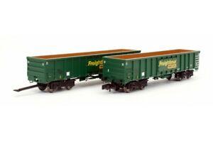 Dapol 2F-025-002, N Gauge, MJA Bogie Box wagon twin pack Freightliner green