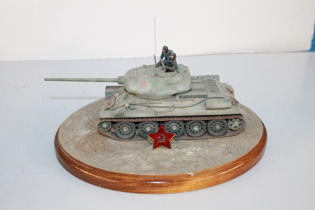 TOURNAMENT SAMPLE PRO PAINT ON STAND 7   WWII SOVIET T34 85 t-34-85 TANK