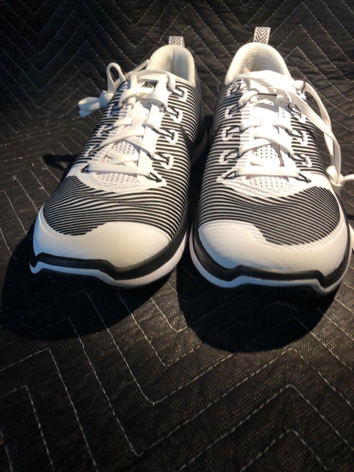 Nike Free Train Versatility White Black Mens Size 12