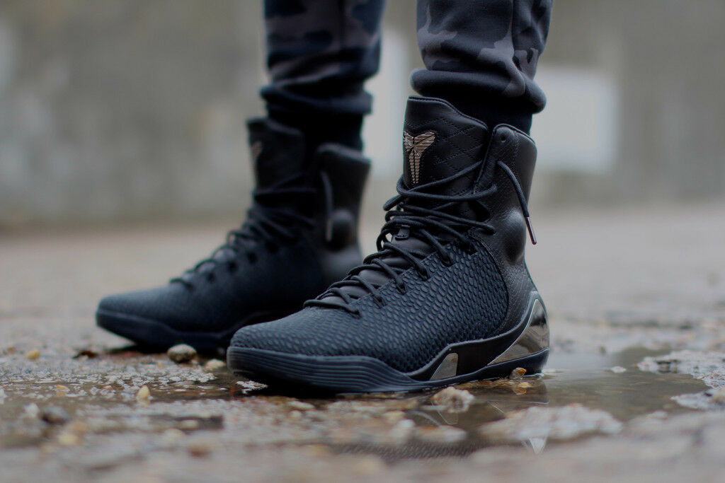 Nike Kobe 9 IX High EXT Elite size 9.5. Black Chrome Silver. Leather 716993-001