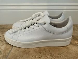COACH AND FOUR Womens Size 10M White Leather Low Top Lace Up Tennis Shoes NEW