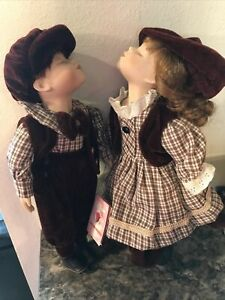 Limited-Edition-David-amp-Girlfr-Kissing-Porcelain-Dolls-The-Rose-Collection