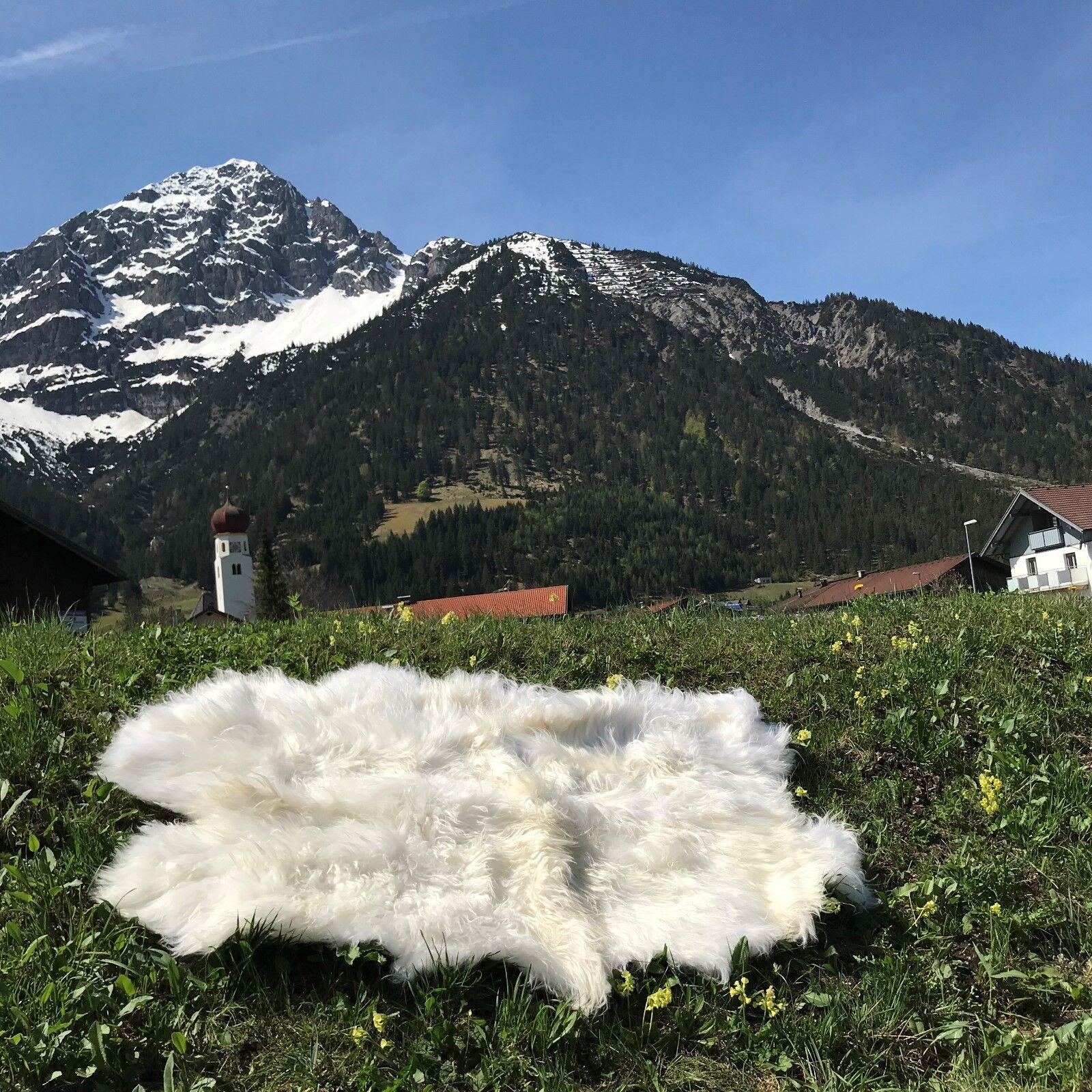 Véritable Nature Nature Nature éco MOUTON TAPIS Mouton Tapis PEAU LAINEE 180 x 110 cm Blanc | Luxuriant Dans La Conception  9f1c69