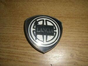 Emblem-Badge-Kofferraumdeckel-Trunk-Lancia-Thema-Typ-834-1-u-2-Serie