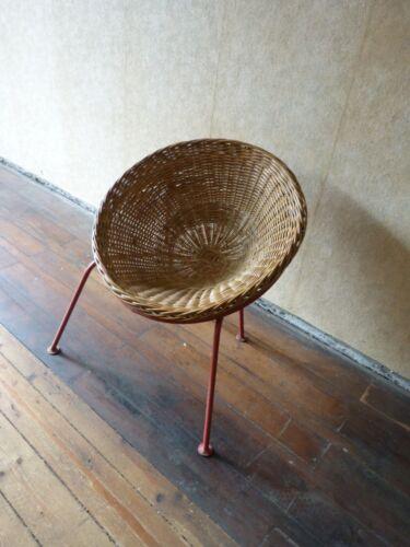 Korbstuhl, Schalensessel, Korbschale 60er Jahre Design, vintage sixties Chair,