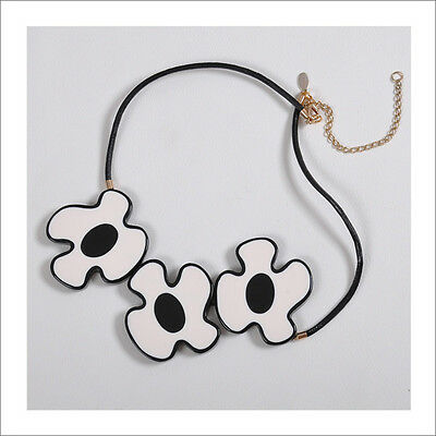 GORGEOUS MARNI BLACK AND WHITE NECKLACE NEW COMES WITH DUSTBAG