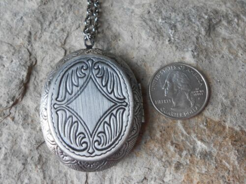 VACATION CRUISE STUNNING ANTIQUE SILVER SEA TURTLE LOCKET QUALITY