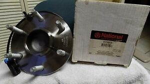 BRAND-NEW-Wheel-Bearing-and-Hub-Assembly-National-515053