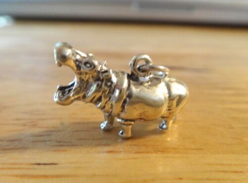 Sterling Silver 3D 13x20x8mm 6 gram Hippopotamus Hippo Zoo Animal Charm
