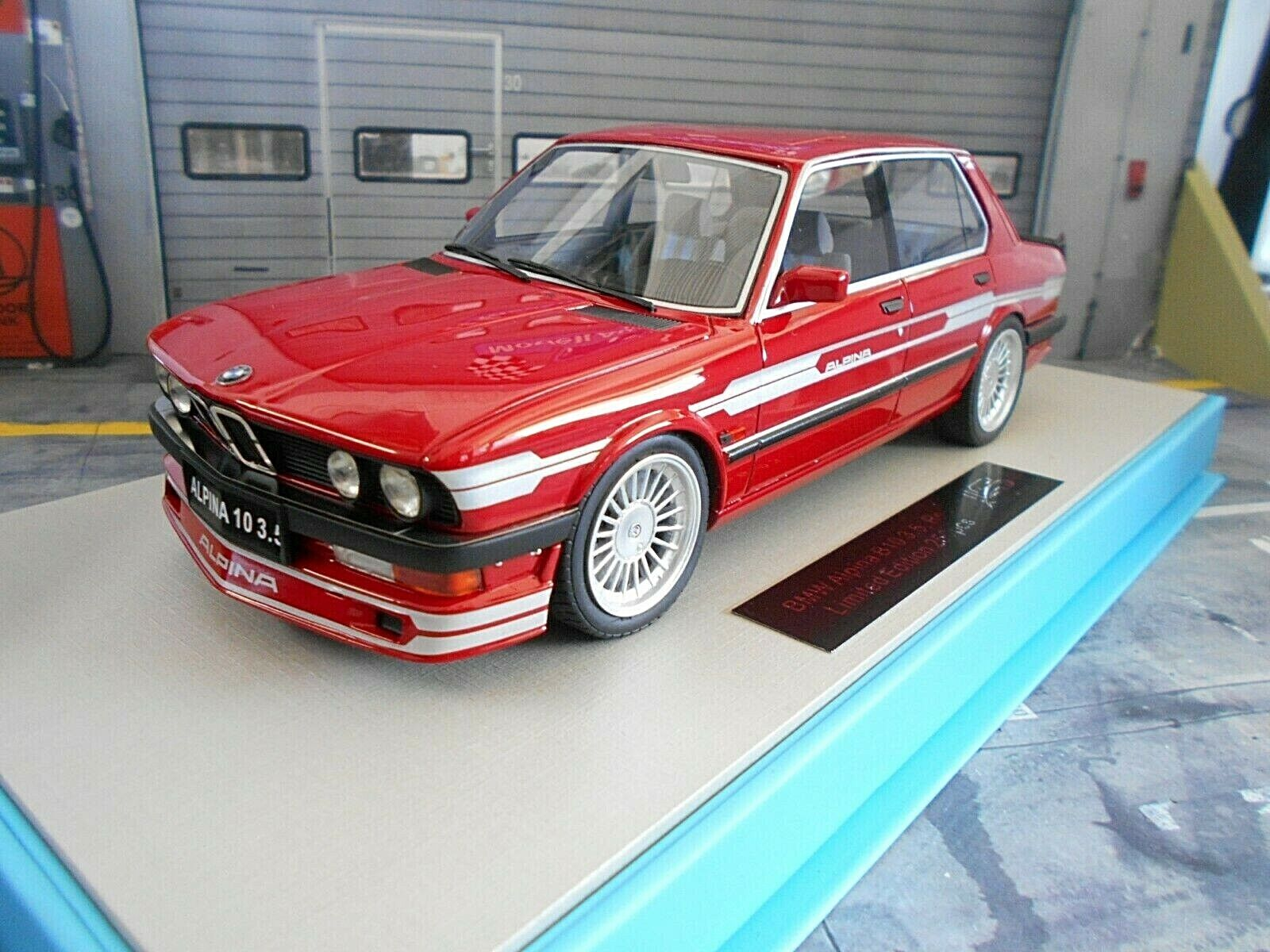 BMW 5er Series B10 3.5 Biturbo Alpina 1989 Red Red E24 E28 LS Collectibles 1 18