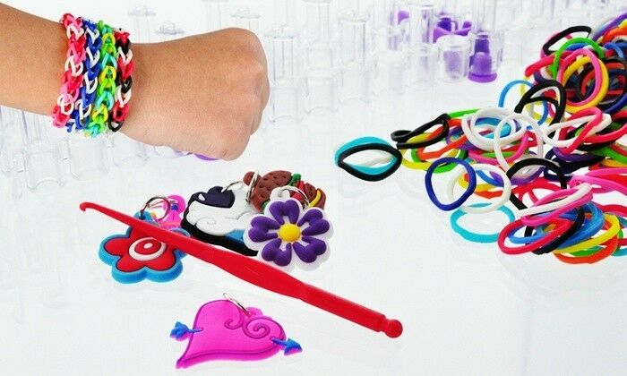 FRIENDSHIP LOOM BAND KIT WITH 1200 MIXED COLORFUL LOOM BANDS