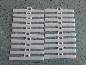 20 Vertical Blind Top cintres//Clips Pour S/'adapter 89mm//3.5in lattes UV stabilisé NEUF