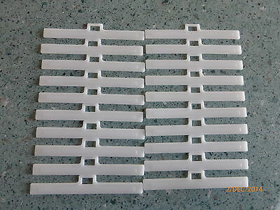 20 Vertical Blind Clips Top Hangers To Fit 3.5in//89mm Slats UV Stabilised New