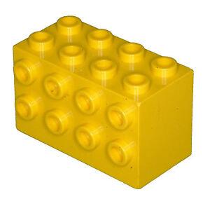 Brique lego manquant 2434 briques jaunes 2 x 4 x 2 avec clous sur les côtés  </span>