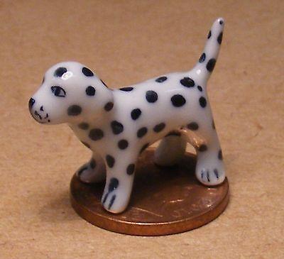 1:12 Scala In Ceramica Dalmata Cucciolo Ornamento Tumdee Casa Delle Bambole Miniatura Cane Q-mostra Il Titolo Originale