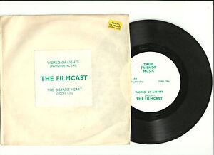FILMCAST-WORLD-OF-LIGHTS-7-034-TRUE-FRIENDS