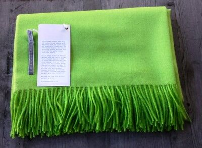 Alicia Adams 100% Baby Alpaca Lime Green Herringbone – Ret. $500 - New Pure En Milde Smaak