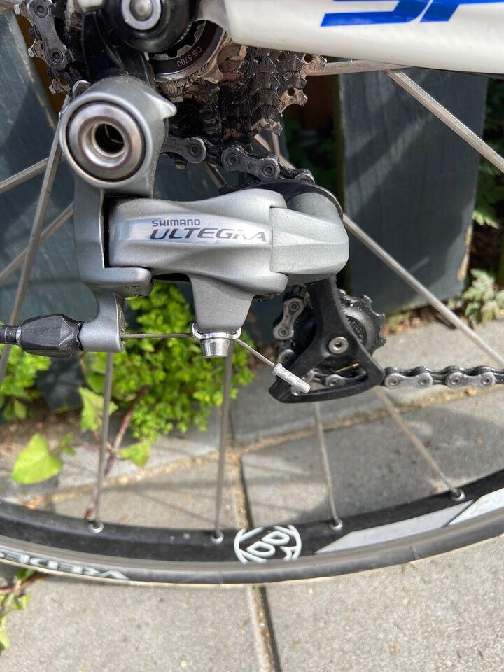 Triatloncykel, Trek