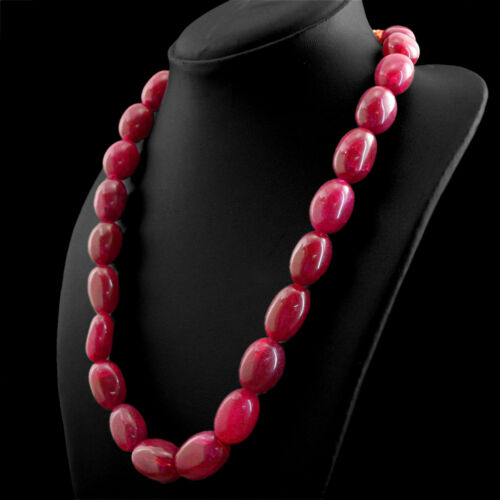 675.00 cts Earth mined Rich Red Ruby un seul brin Forme Ovale Perles Collier