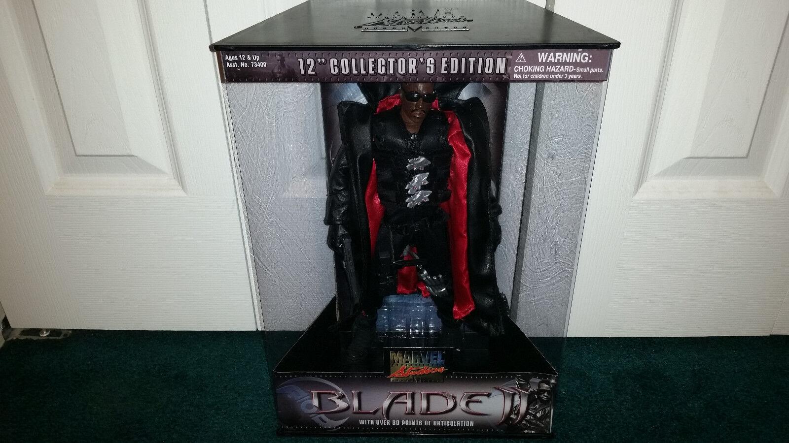 Blade 12  Collectors Edition Marvel Studios Toybiz Dracula Vampire MISP