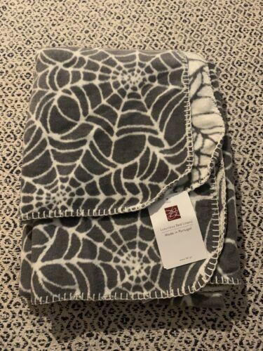 Reversible Cob Web Spider Blanket Throw Halloween Tk maxx Homesense Goth Gothic