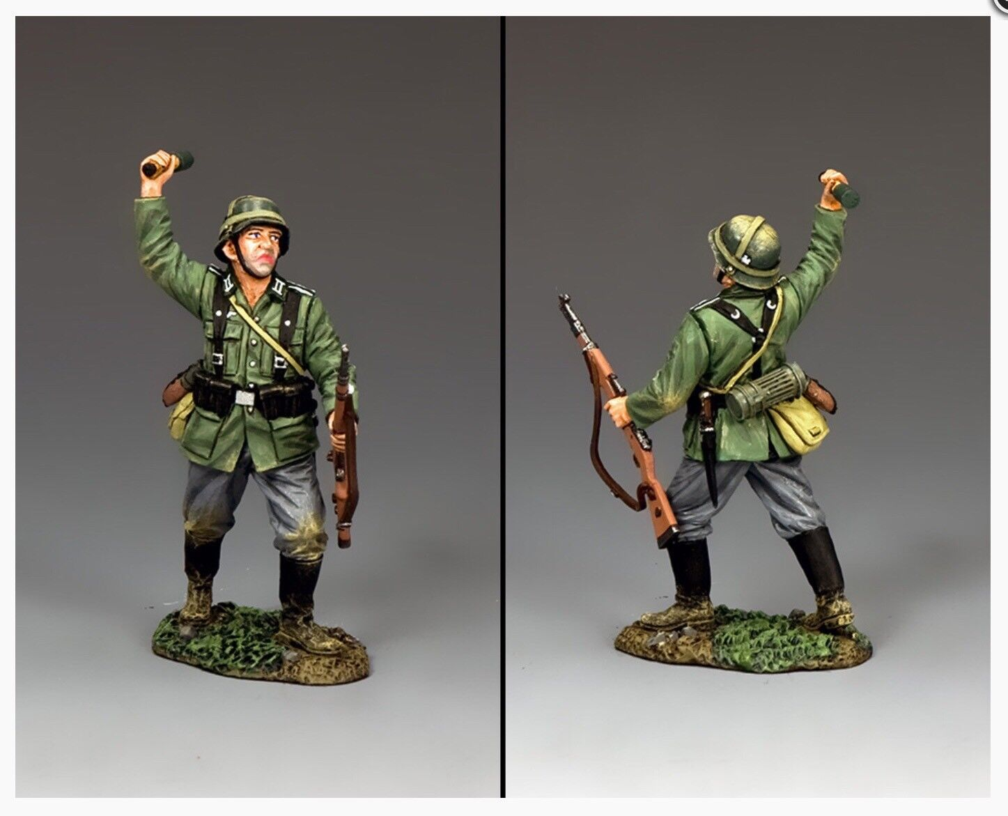 FOB164 WW2 German Soldaten With Grenade Mint in Box Normandy D-Day