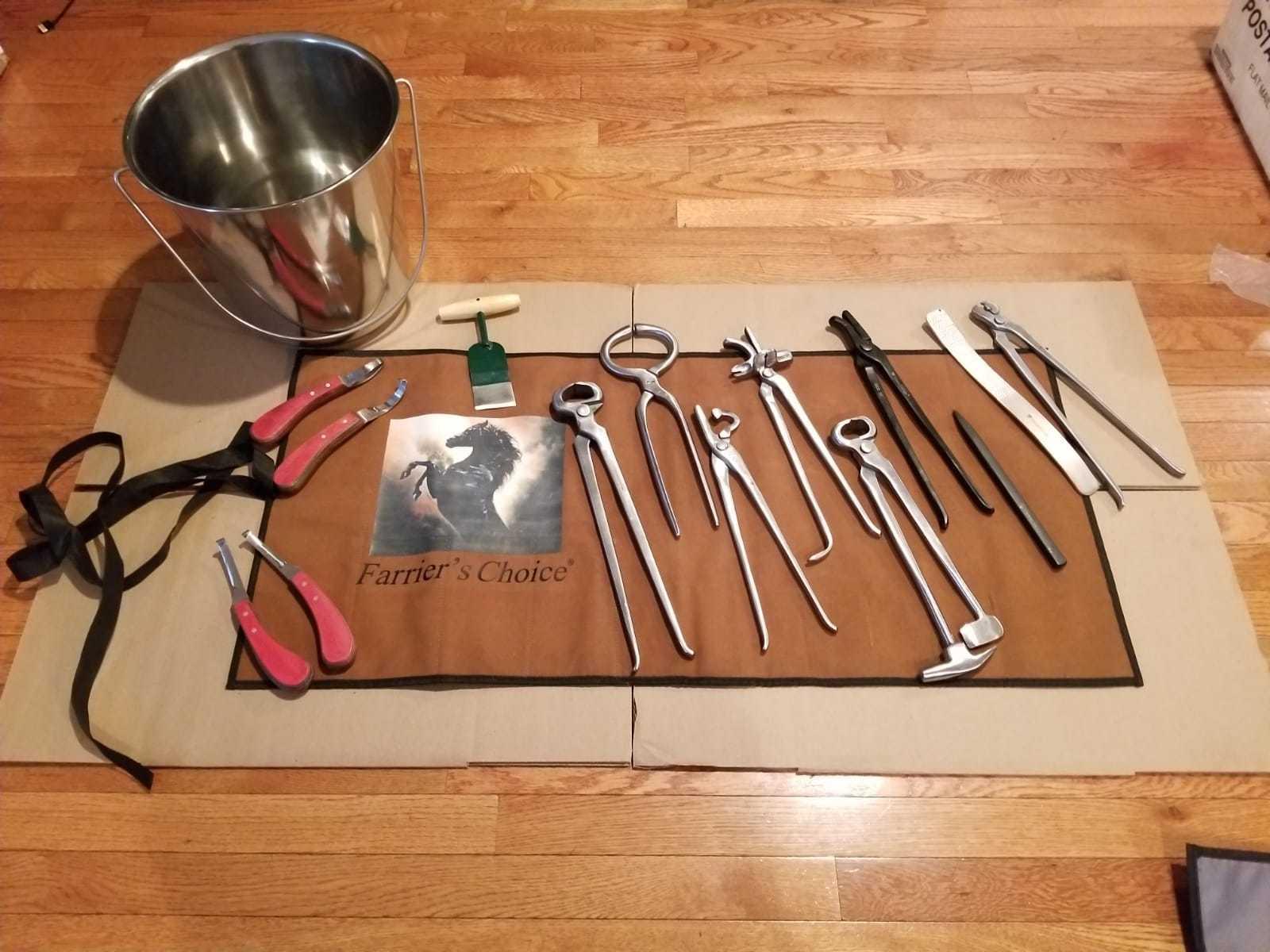 Professional Horse Equine Kit Farrier's Choice Tools Nipper Clincher Rasps Hoof
