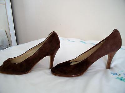 Señoras 6 Imitación Gamuza Marrón Zapatos Taco Alto Punta Abierta (apilados talón _ Talla 6