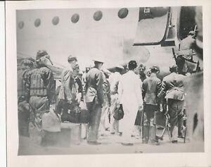 WWII-1945-US-Okinawa-4x5-photo-27-Japanese-Surrender-delgation