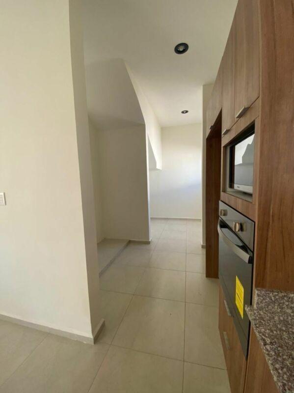 Casa en Venta de 4 habitaciones en privada Moratta