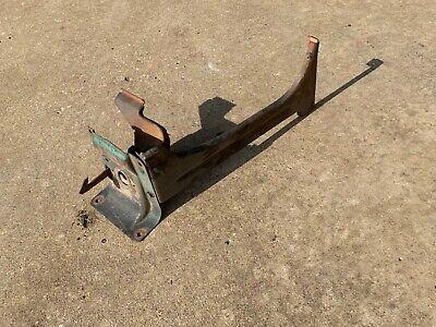 For 1967-1968 Chevrolet C10 Suburban Hood Latch 93316SC