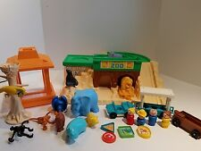 Fisher Price Little People Zoo VINTAGE 1984