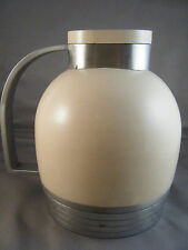 HENRY DREYFUSS THERMOS CARAFE NUMBER 539 / SUPERIOR INDUSTRIAL DESIGN / C 1936