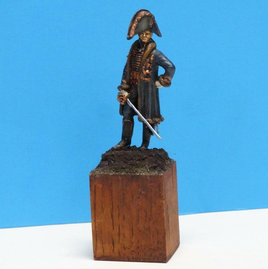 MI-311 - French Napoleonic General on Wooden Base - Manufacturer Unknown - 54mm