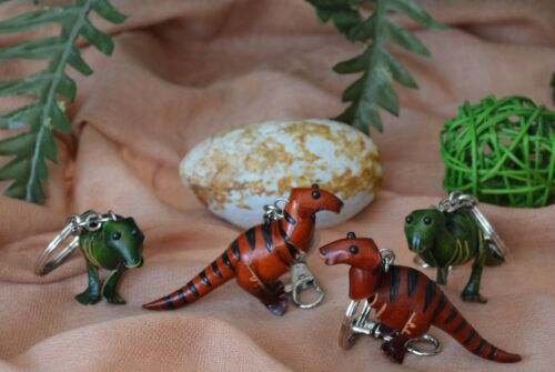 A Pair Set Dinosaur T-Rex Pattern of Leather Keychain Green 2 Pieces