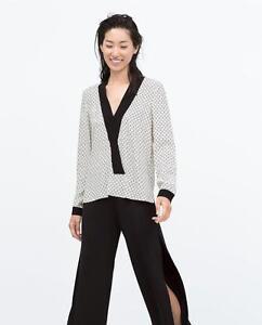 Blouse Zara Xs Contrast With 2179616064015 Printed Collar Kimono Size Top q7wE4fgR7