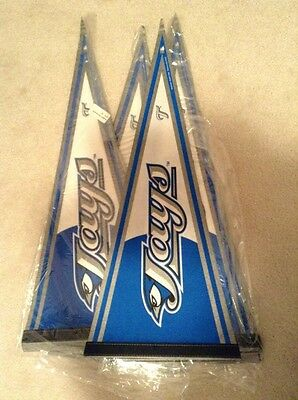 "Brand New W Official Mlb Hologram Sports Mem, Cards & Fan Shop Honest Lot Of 30 Toronto Blue Jays 30"" Pennant Flags"