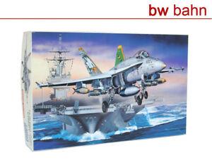 Fujimi-1-72-kit-74004-f-a-18c-Strike-Hornet-chippy-ho-lucha-avion