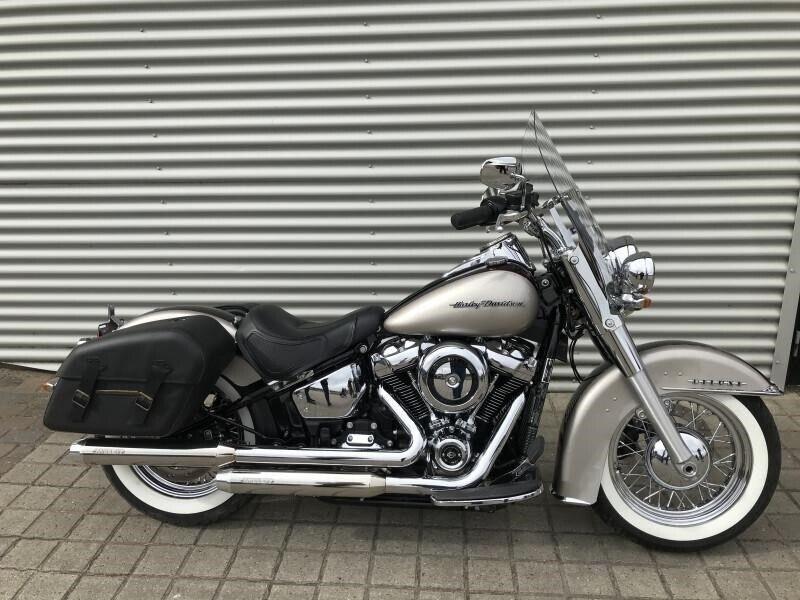 Harley-Davidson, FLDE Deluxe, ccm 1745