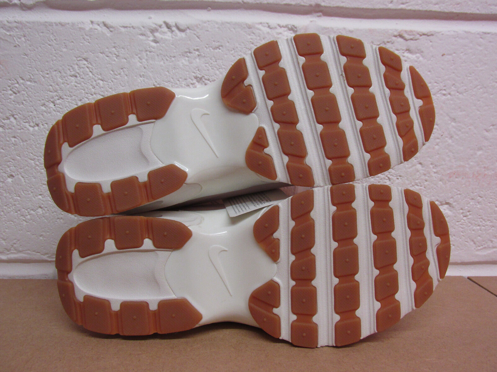 Se le scarpe nike kmtr komyuter kmtr nike birch cachi marrone aa0531 200 uomini '46 d4b351