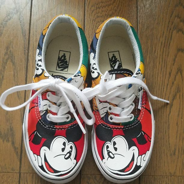 VANS  mickey rare slip from japan (175