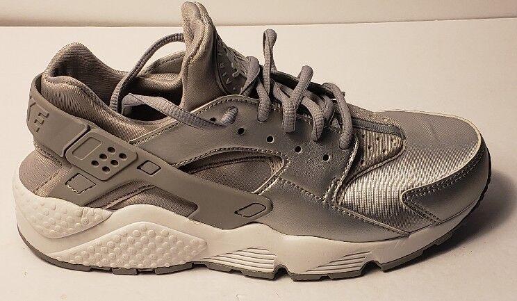 New Women's Nike Air Huarache Run SE- Size 6.5 -Metallic Silver - 859429-002