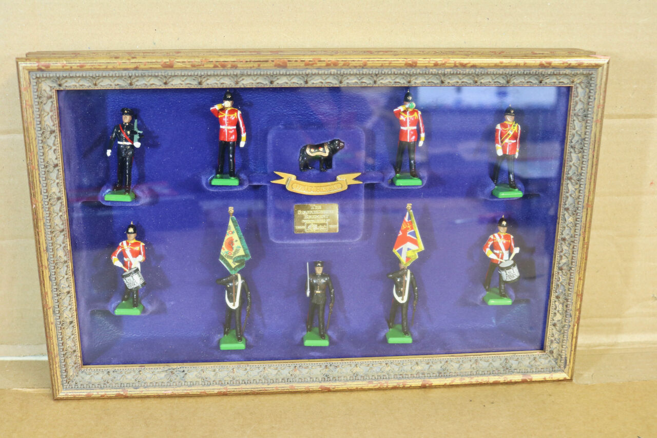 Britains 5194 con Marco Montado The Staffordshire Regimiento Prince Of WALE'S Tu