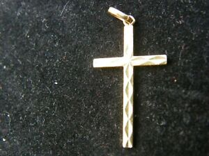 ancien pendentif or jaune croix baptême