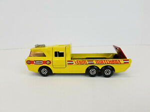 VINTAGE-1972-LESNEY-MATCHBOX-SUPER-KINGS-K-7-RACING-CAR-TRANSPORTER-DIE-CAST