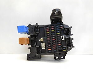 Details about 2001 Infiniti Q45 Fuse Box Relay 3H4 9J08 on infiniti q45 thermostat location, infiniti q45 starter location, infiniti q45 fuse box diagram, infiniti q45 radio, infiniti q45 cabin filter location, infiniti q45 manual, infiniti m45 fuse box location, infiniti g37 coupe fuse box location, infiniti fx35 fuse box diagram, infiniti q45 forum, infiniti q45 cigarette lighter fuse, infiniti qx4 fuse box location, infiniti q45 dash, infiniti fx35 fuse box location,